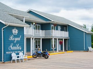 royal-inn-suites-hvgb-labrador-10