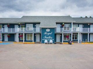 royal-inn-suites-hvgb-labrador-12