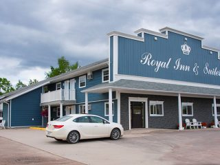 royal-inn-suites-hvgb-labrador-13